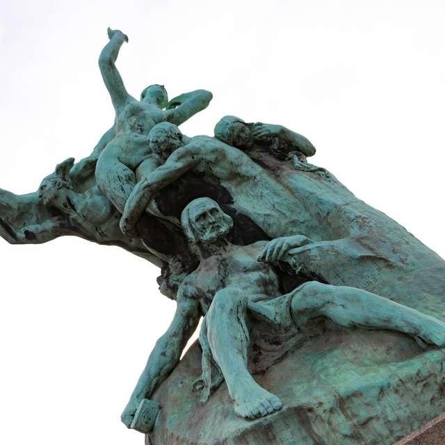 Monument à Jean de Bologne