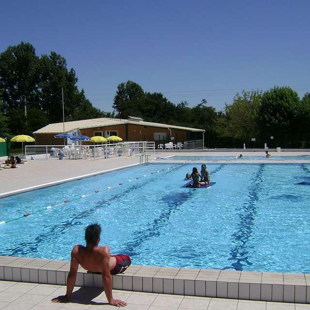 PISCINE DE RISCLE