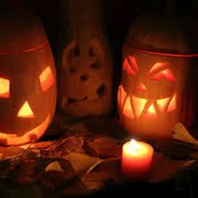 Les Grottes de Presque Fêtent Halloween