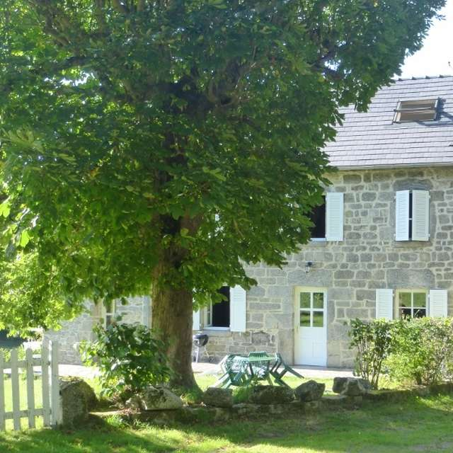 Location Gîtes de France - BANIZE - 6 personnes - Réf : 23G905