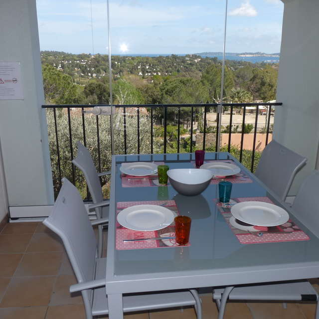 Sir DESFORGES - Apartment 4 persons with balcony and sea view