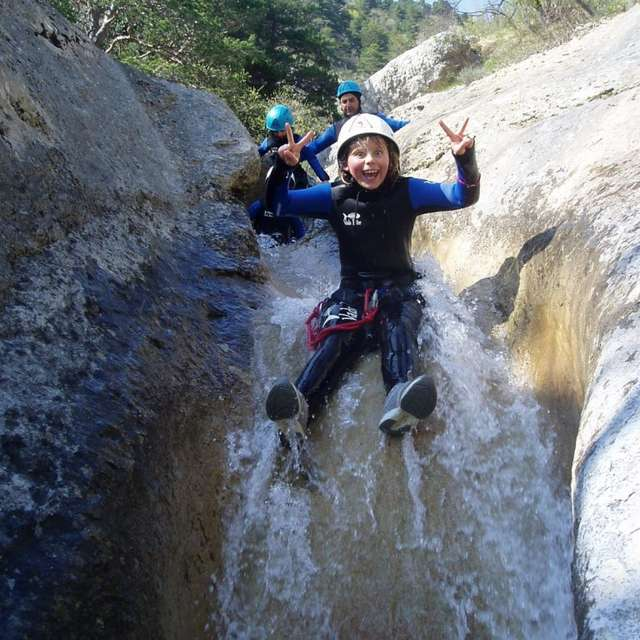 Canyoning avec le Bureau des guides des 2 Vallées