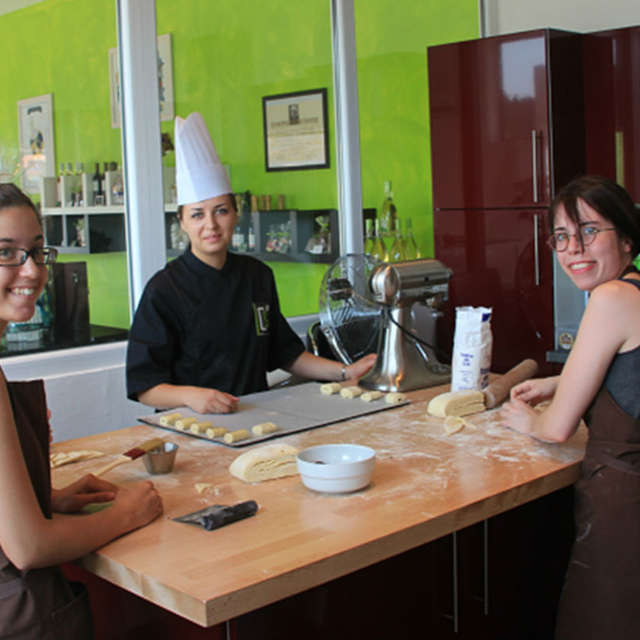 Cours de cuisine pour adultes : bonbons chocolats framboise et praliné