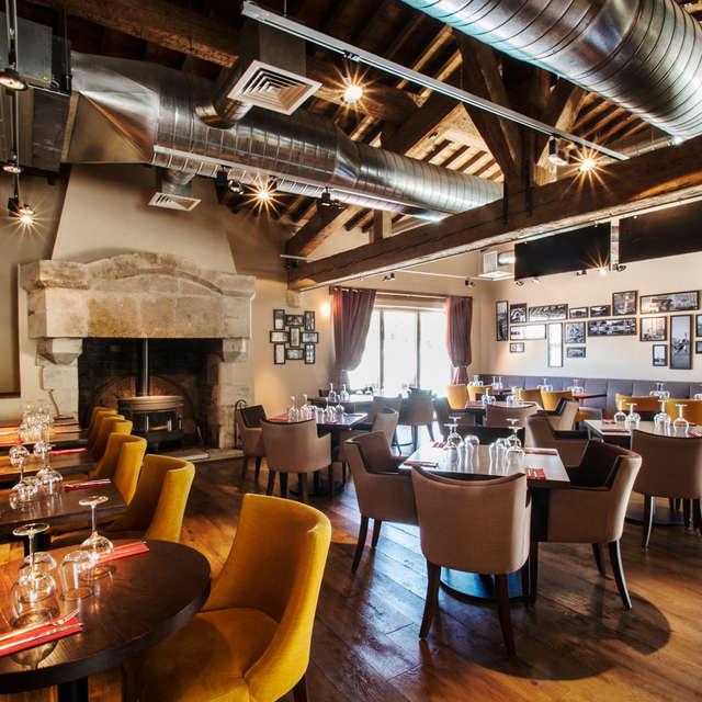 Marina Lounge Bar et Restaurant