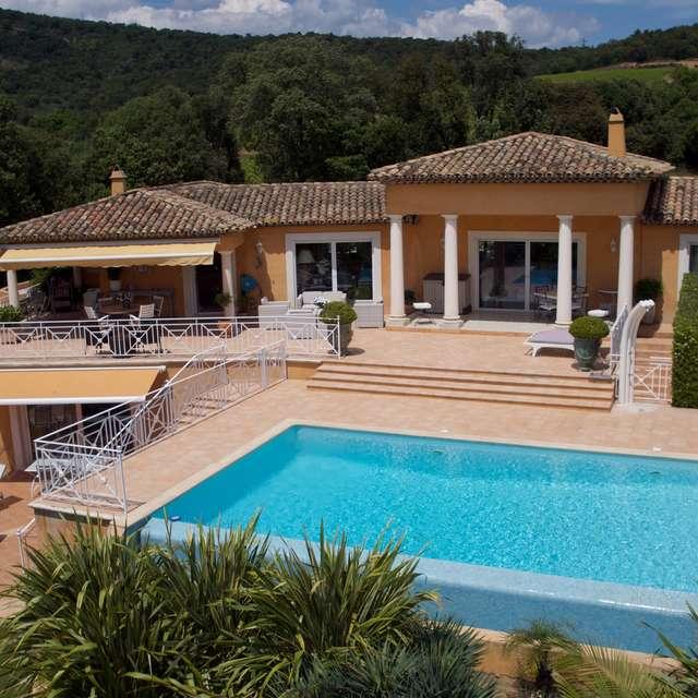 Villa La Tarentane