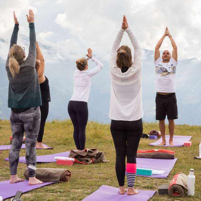 Yoga at altitude (adults)