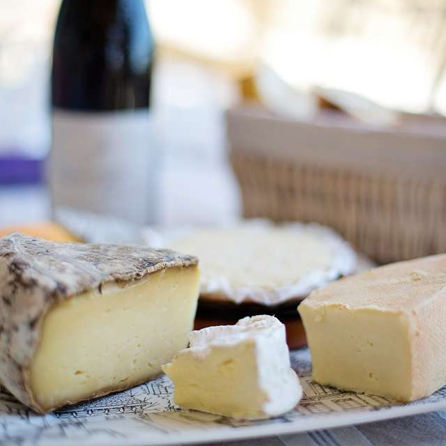 Boutique à la fromagerie de Simandre-sur-Suran
