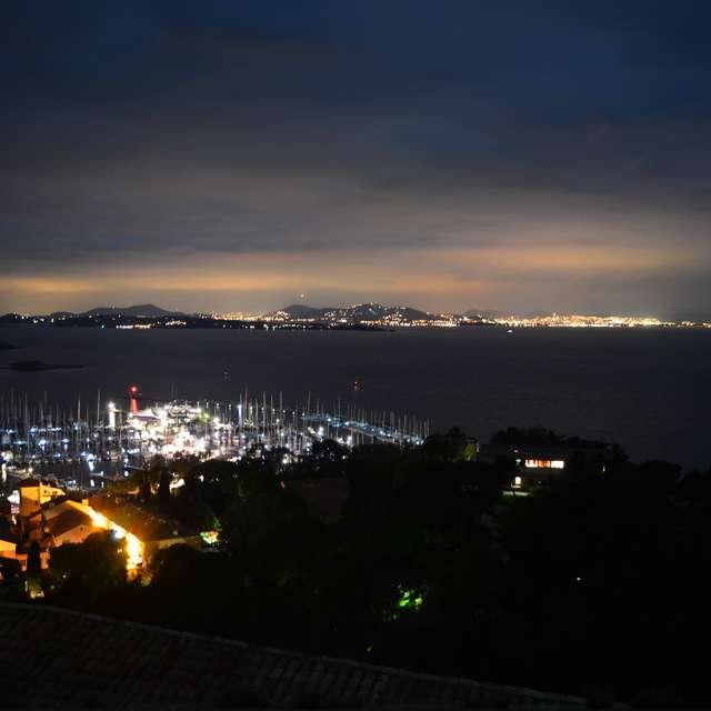 Point rencontre : Balade nocturne à Porquerolles