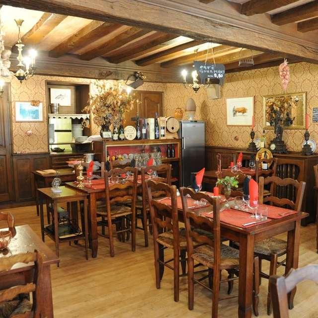Les Chevaliers Restaurant
