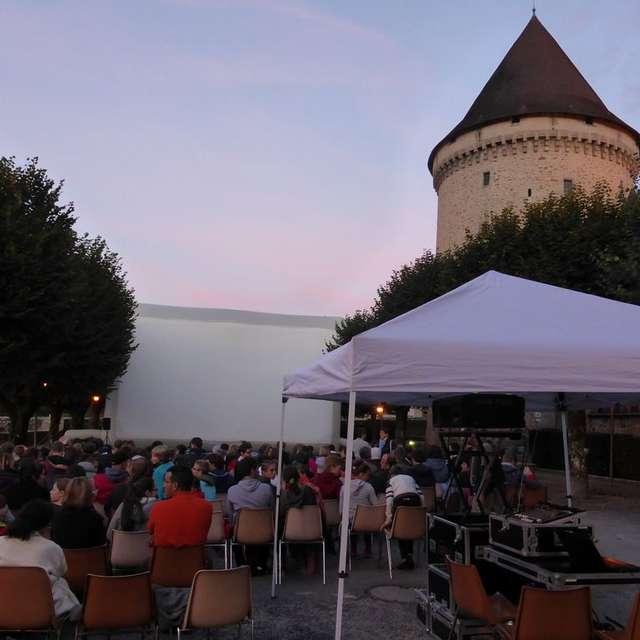 SUR RÉSERVATION - Cinéma en plein air