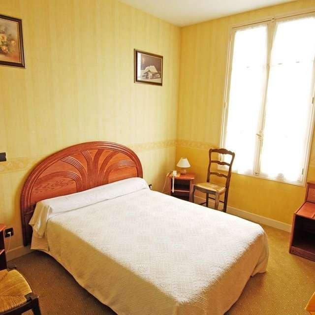 Auberge de l'Atre Hotel and Restaurant