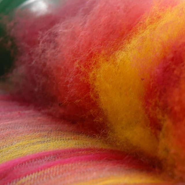 Atelier découverte : cardage de la laine