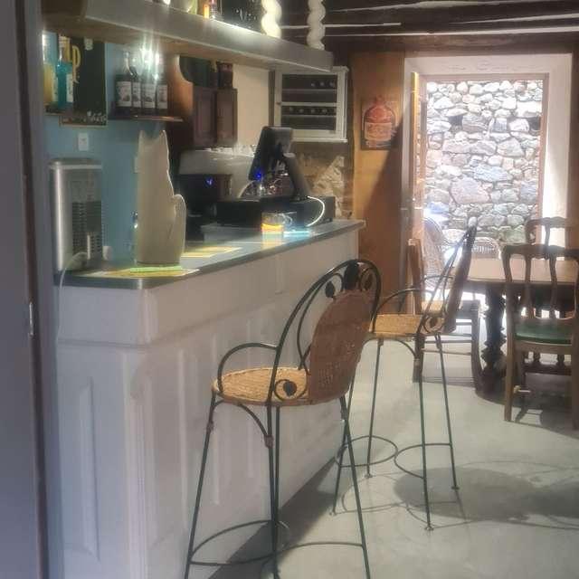 Bar à Tapas 'La Grange' à Le Grand Bourg