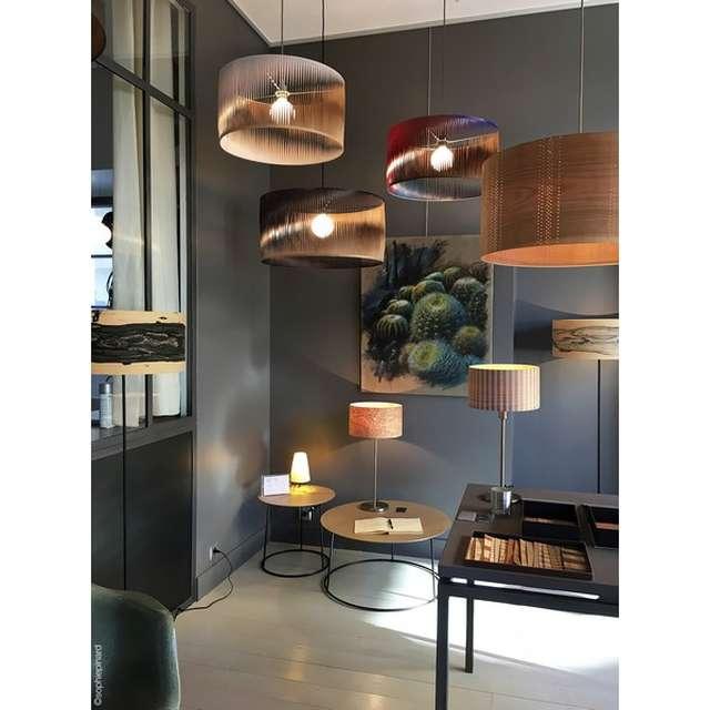 Création de luminaires en feuille de bois