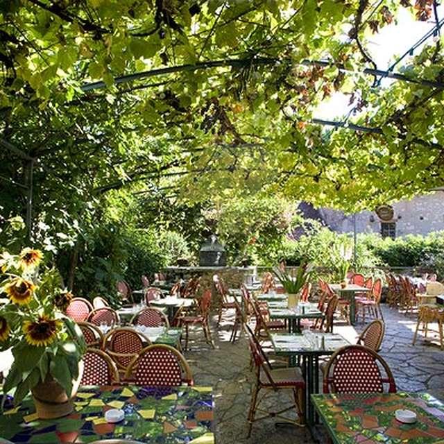 Bar Brasserie La Tonnelle