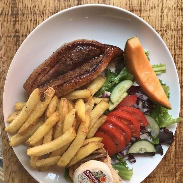 Le Nautic Bar-Restaurant