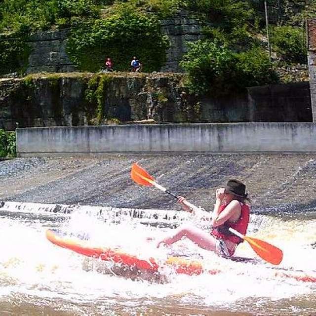 Lot Aventure - Base de Cajarc - Canoë kayac et Stand Up Paddle