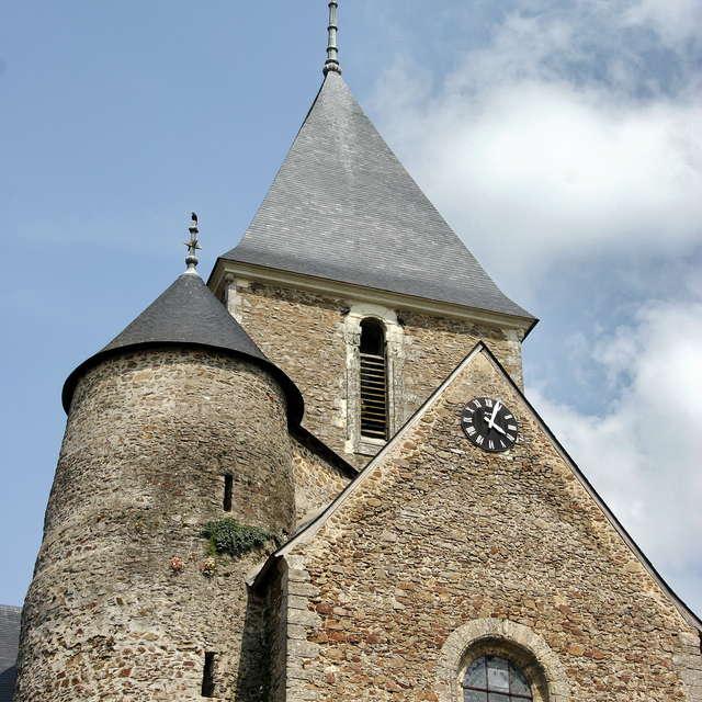 TOUR DE L'EGLISE DE ST DENIS D'ANJOU