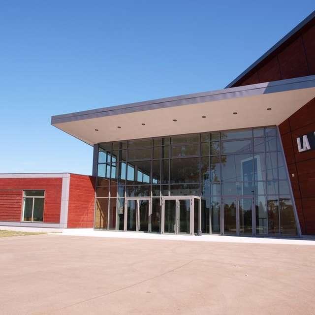 La Loco - Performance hall in Mézidon-Canon