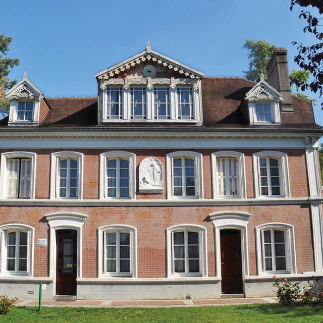 Les Buissonnets - The childhood home of Sainte Thérèse in Lisieux