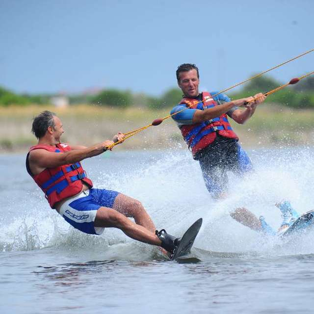 Téleski Nautique - Ecole de ski nautique et wakeboard