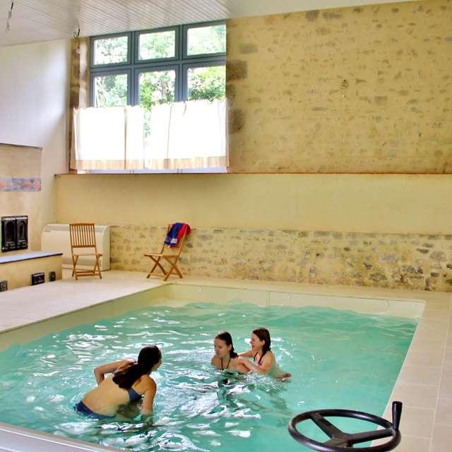 Location Gîtes de France - LE COMPAS - 12 personnes - Réf : 23G1250
