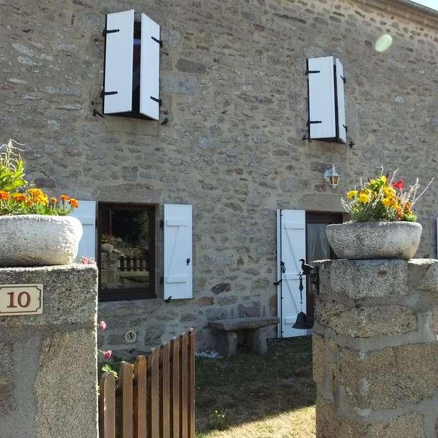 Location Gîtes de France - ST SULPICE LES CHAMPS - 12 personnes - Réf : 23G1385