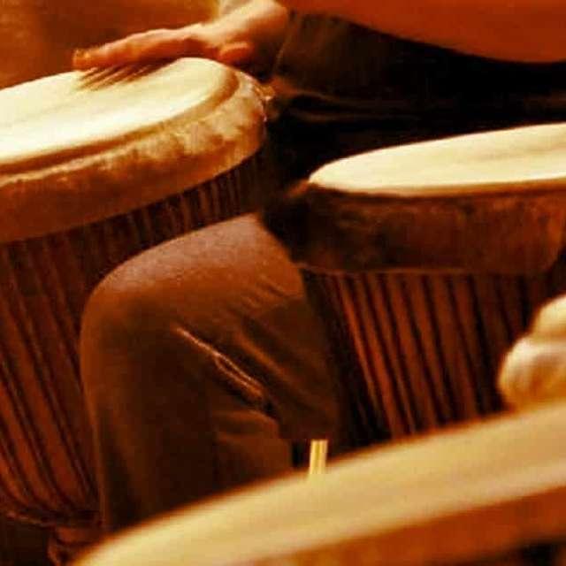 Atelier de percussions djembé, congas et batucada