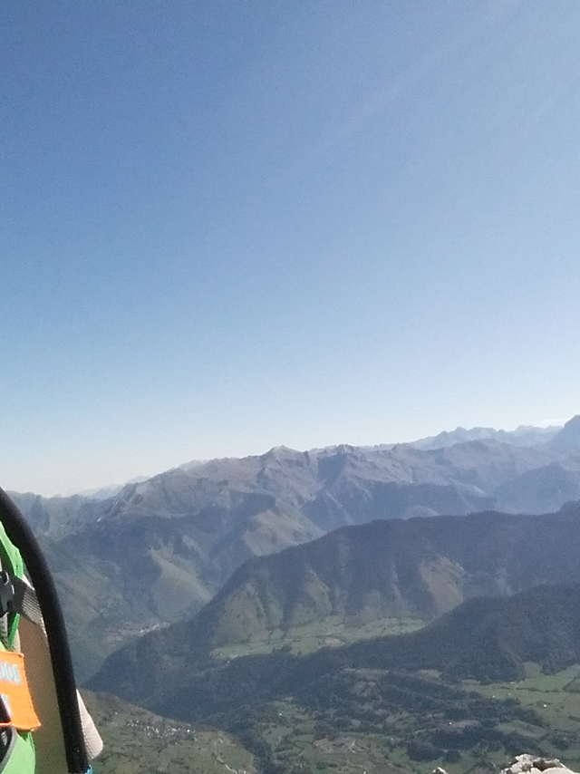 Randos PY - Monsieur Jean-Christophe LE CORRE - Accompagnateur en montagne