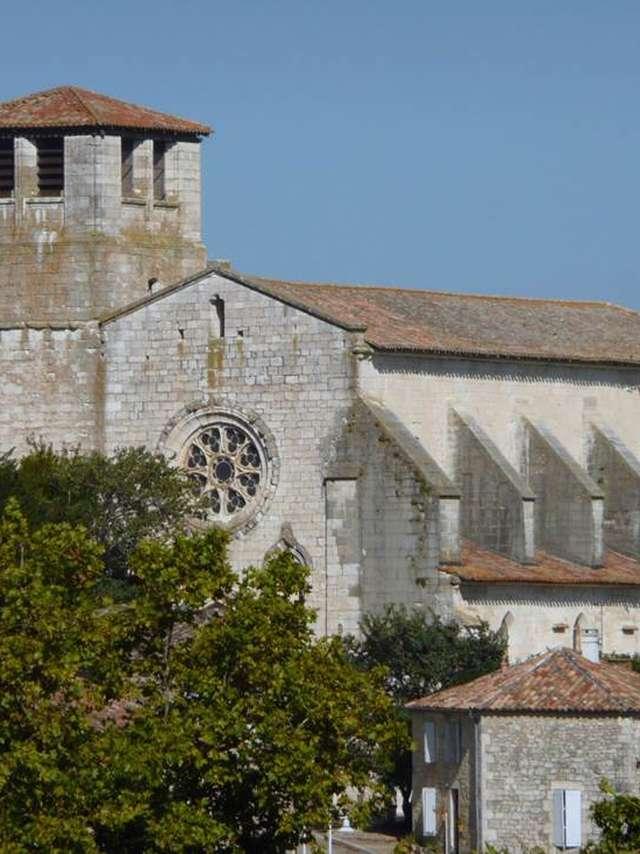 La Collégiale Saint-Martin et ses tapisseries