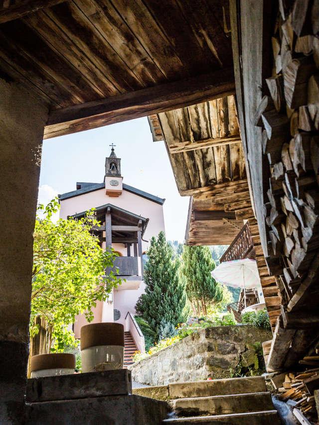Visite du village de Champsec et Maison de la Pierre Ollaire