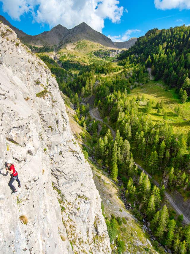 Via ferrata d'Ancelle - Bureau des Guides Champsaur Valgaudemar