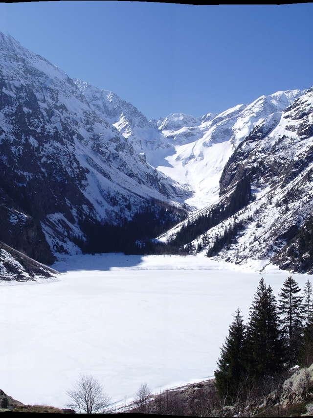 Snowshoeing - Venosc Village - Lake Lauvitel