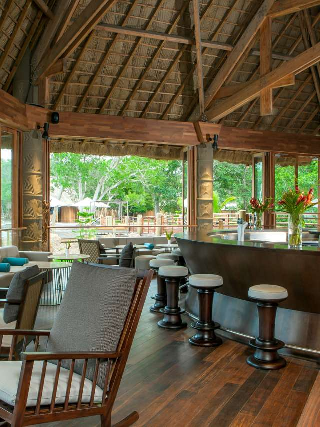 Creek Bar - Sheraton New Caledonia Deva Spa & Golf Resort