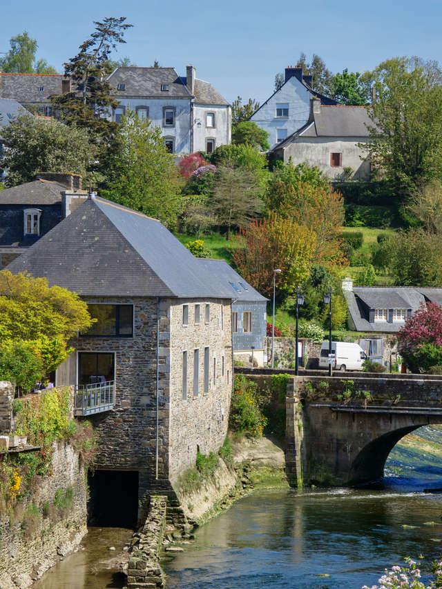 La Roche-Derrien immersion dans une Petite Cité de Caractère au riche passé médiéval
