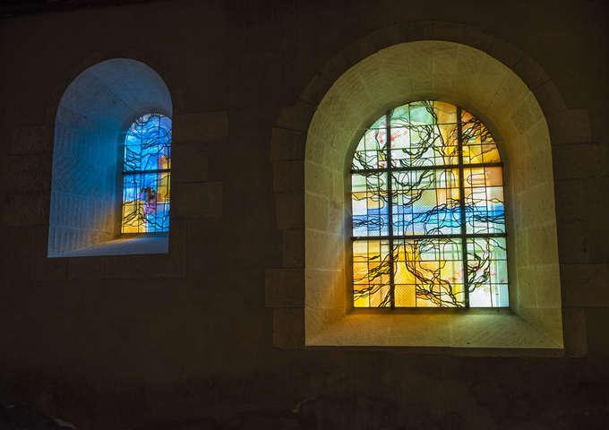 Escapades : Eglise abbatiale et centre touristique du Haras