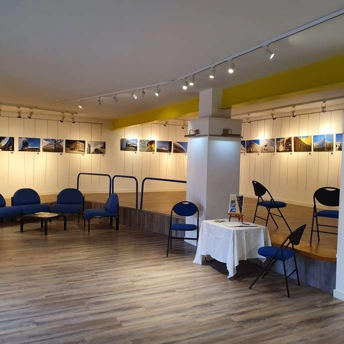 Exposition des Artistes Cré'A'Mis à l'espace Carnot