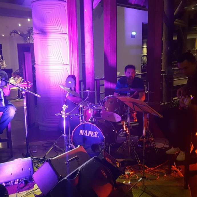 Concert au creek bar du Sheraton : Wattelse