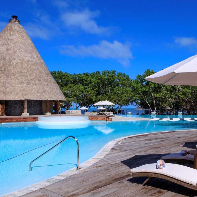 Piscine du Sheraton New Caledonia Deva Spa & Golf Resort