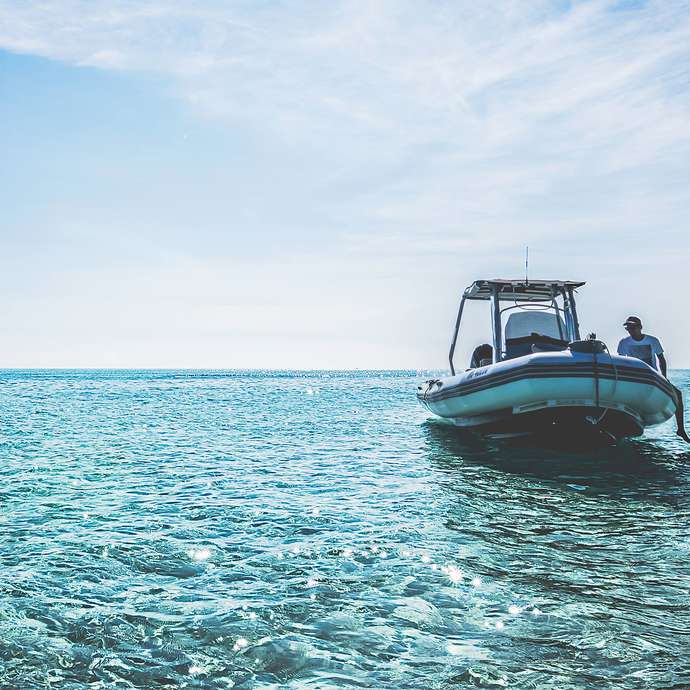Blue Lagoon taxi boat