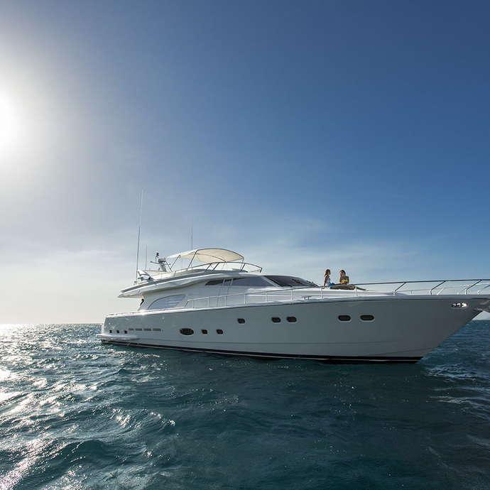 Yacht Iroué