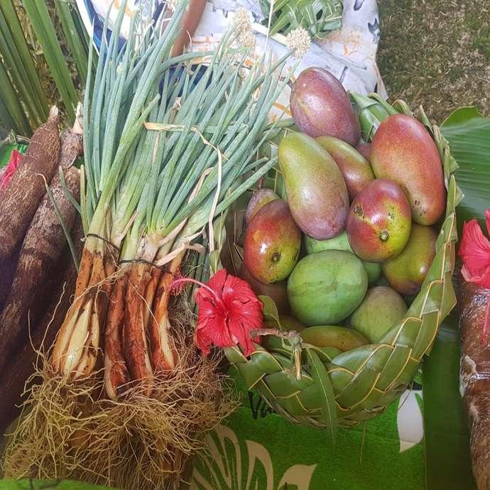 Marché de produits locaux avec  l'Association E Nga Ta Vuu