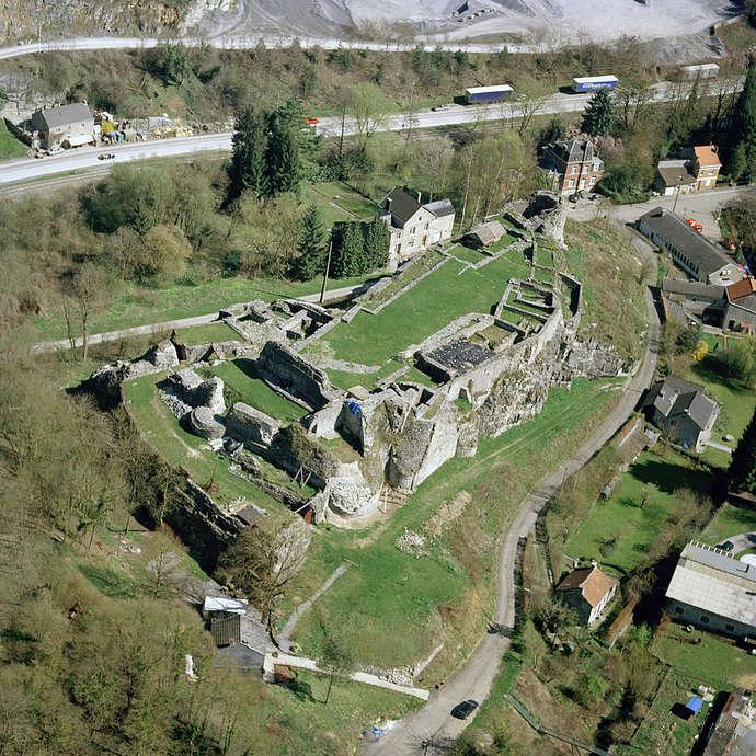 Moha castle ruins